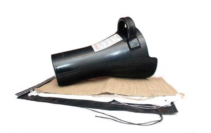 Füllmexx FM160 mit passenden Sandsäcken der Dimension 30x60 cm