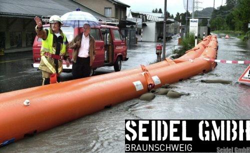 Beaver Schlauchdamm im Hochwassereinsatz
